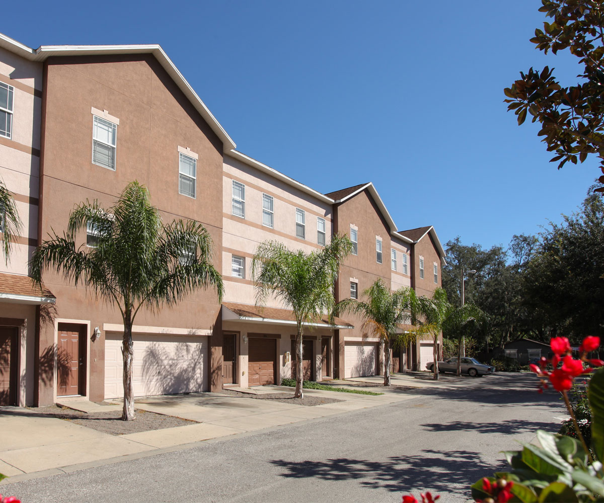 Apartments For Rent In Tampa Florida: Tampa Commons Apartments